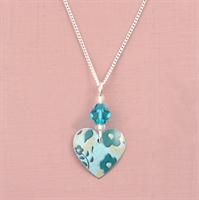 Picture of Bright Floral Small Round Heart Pendant with Crystal