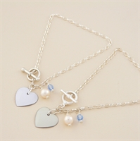 Picture of Bridal Round Heart Toggle Bracelet with Pearl