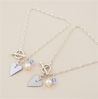 Picture of Bridal Slim Heart Toggle Bracelet with Pearl