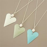 Picture of Bridesmaid Slim Heart & Pearl Pendant