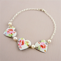 Picture of Pretty Floral Heart & Pearls Bracelet