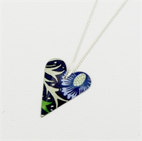 Picture of Midnight Floral Slim Heart Necklace JS1