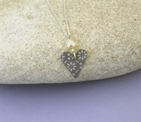 Picture of Grey Chambray Small Slim Heart & Pearl Necklace JS14P
