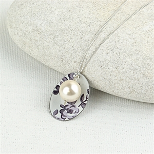 Picture of Grey Chambray Oval & Pearl Necklace