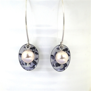 Picture of Grey Chambray Oval & Pearl Earrings JE-47-GF