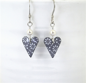 Picture of Grey Pattern Small Slim Heart & Pearl JE14B-GP