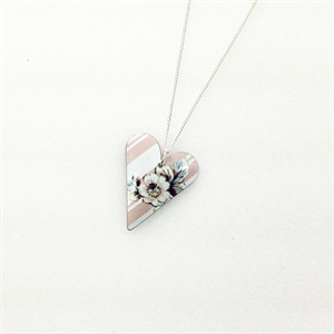 Picture of Emily Jane Medium Slim Heart Necklace JS7