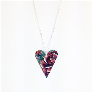 Picture of Jade Small Slim  Heart Necklace